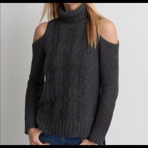 NWOT American Eagle Cold Turtleneck Sweater, XS
